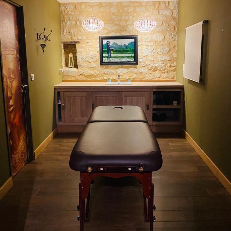 Salle de massage du château La Gravière ©Alain carré